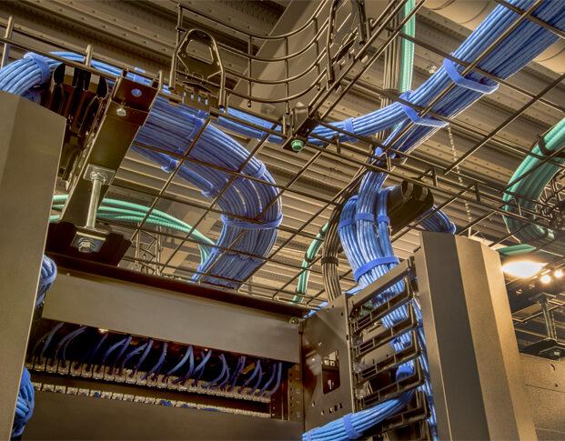 Componentes y Cables de Alto Rendimiento